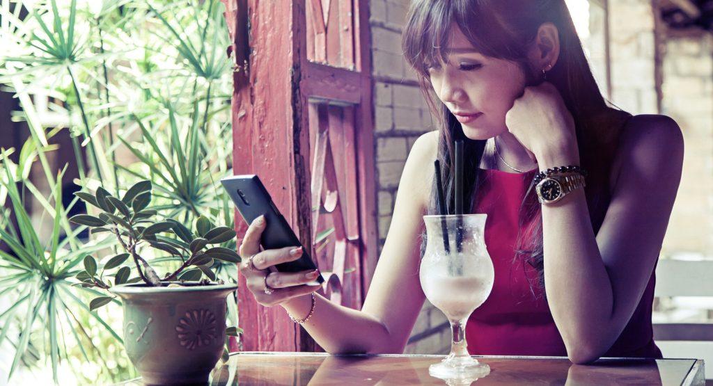 Hacking phones through wifi